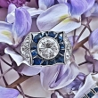Platynowy pierścionek z szafirami i diamentami