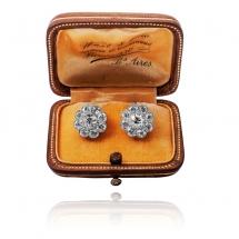 Kolczyki z diamentami wykonane ze złota 0.750 oraz platyny