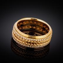 Obrączka z żółtego złota z brylantami