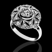 Nutka Art Ring