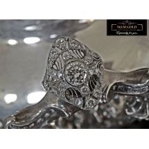 Sweet Paradise Platinum Ring