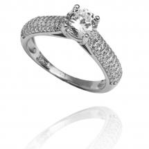 @_likaa_official Pierścionek zaręczynowy z brylantem whiteluxury 722
