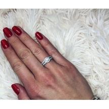 @dominikabilska Pierścionek zaręczynowy z brylantem whiteluxury 726