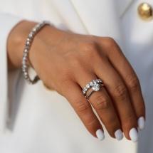 Złoty pierścionek z brylantem 0.92ct