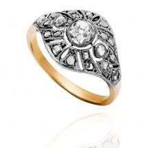 Dawny pierścionek z diamentami ~0.80ct wykonany ze złota