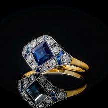 Dawny pierścionek z diamentami i szafirem